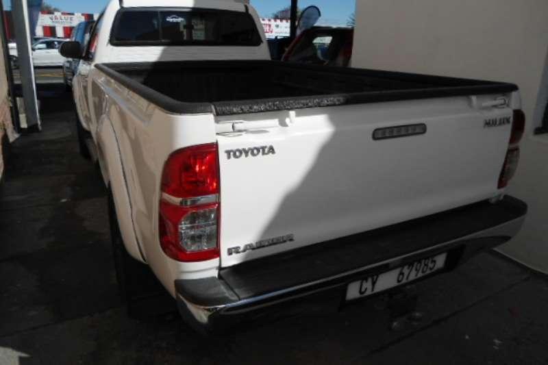 Toyota Hilux 3.0D 4D Raider 2014
