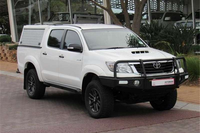 Toyota Hilux 3.0D-4D Raider Dakar Edition 2015