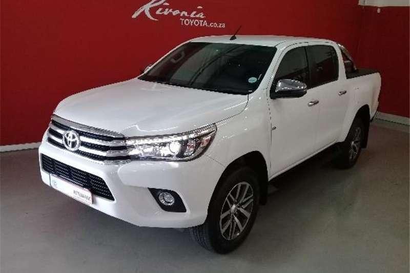 Toyota Hilux 4.0 V6 double cab 4x4 Raider 2018