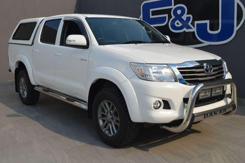 Toyota Hilux 4.0 V6 double cab Raider Dakar edition A/T 2014