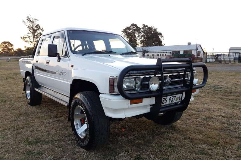 Toyota Hilux Double Cab 2.4 4X4 1995
