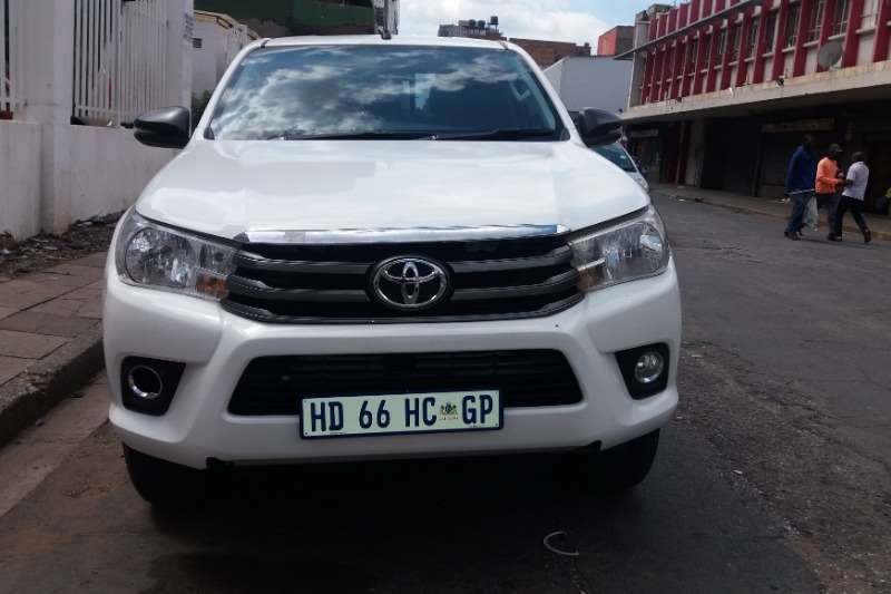 Toyota Hilux Double Cab 2017