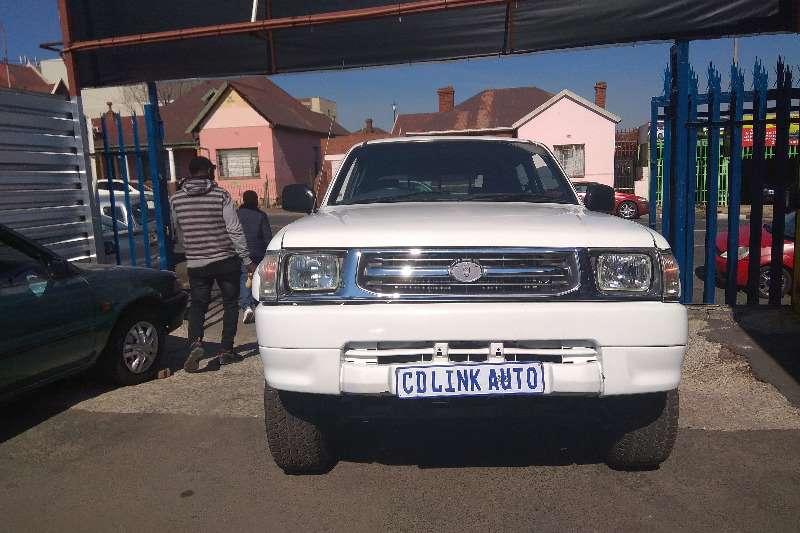 Toyota Hilux Double Cab HILUX 3.0 D 4D HERITAGE 4X4 A/T P/U D/C 2001
