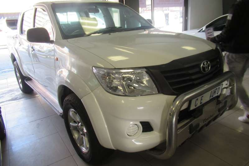 0 Toyota Hilux double cab
