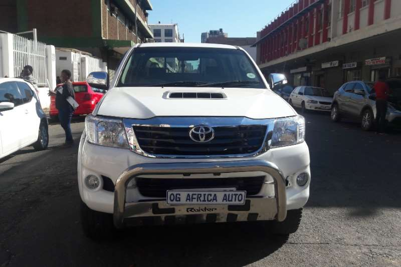 2015 Toyota Hilux 3.0D 4D 4x4 Raider