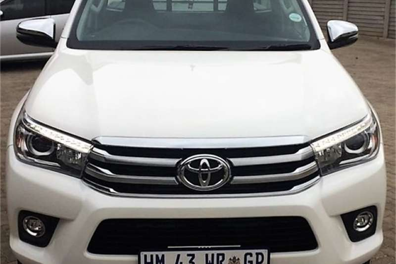 single cab toyota in cars in south africa junk mail. Black Bedroom Furniture Sets. Home Design Ideas