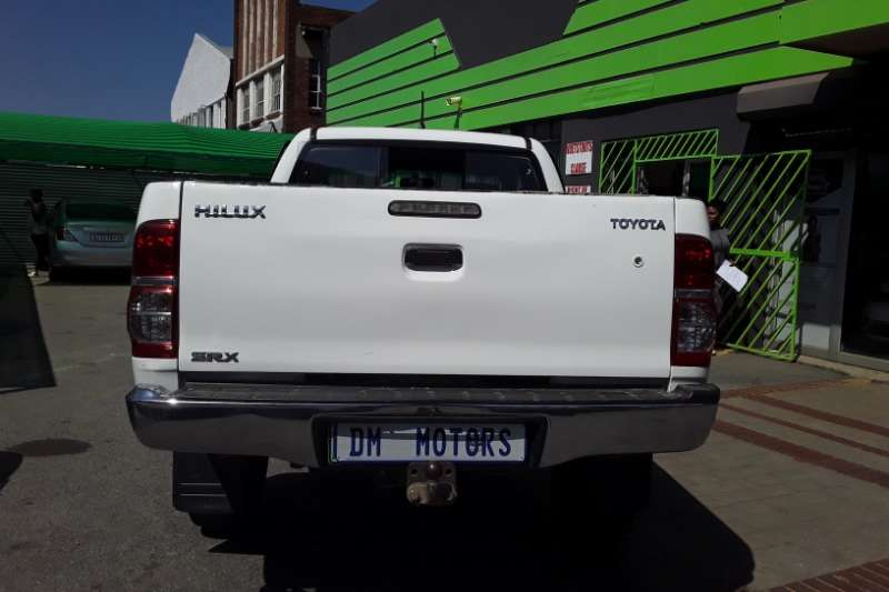 Toyota Hilux Xtra Cab HILUX 2.4 GD 6 RB SRX P/U E/CAB 2014