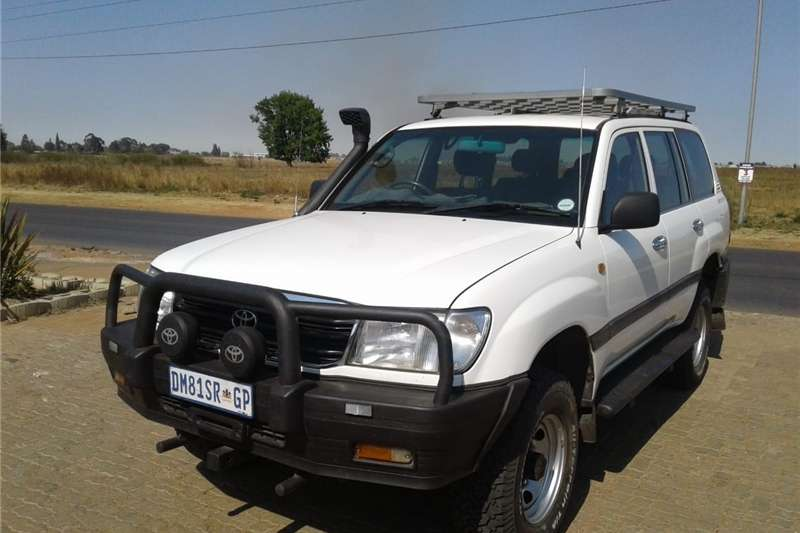 View All Our 2000 Toyota Land Cruiser 100 4.5 GX Cars For Sale In Gauteng