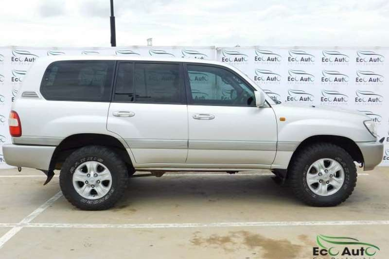 2005 Toyota Land Cruiser 100