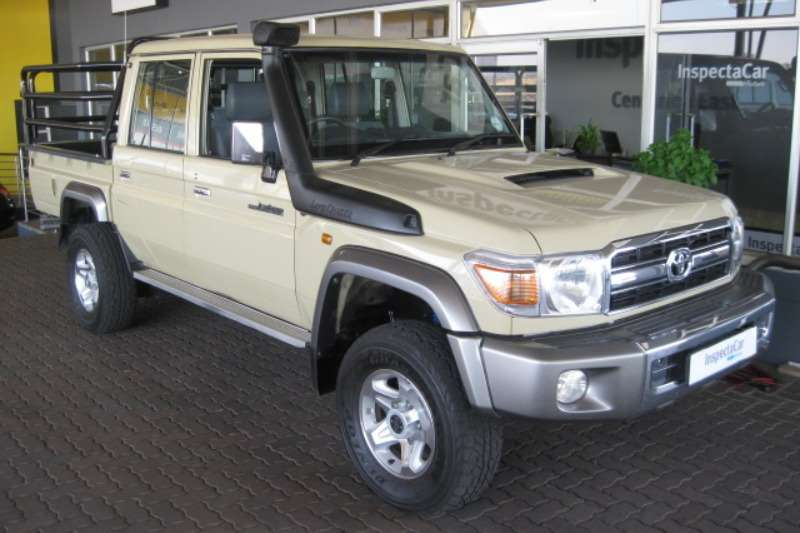 2016 Toyota Land Cruiser 79