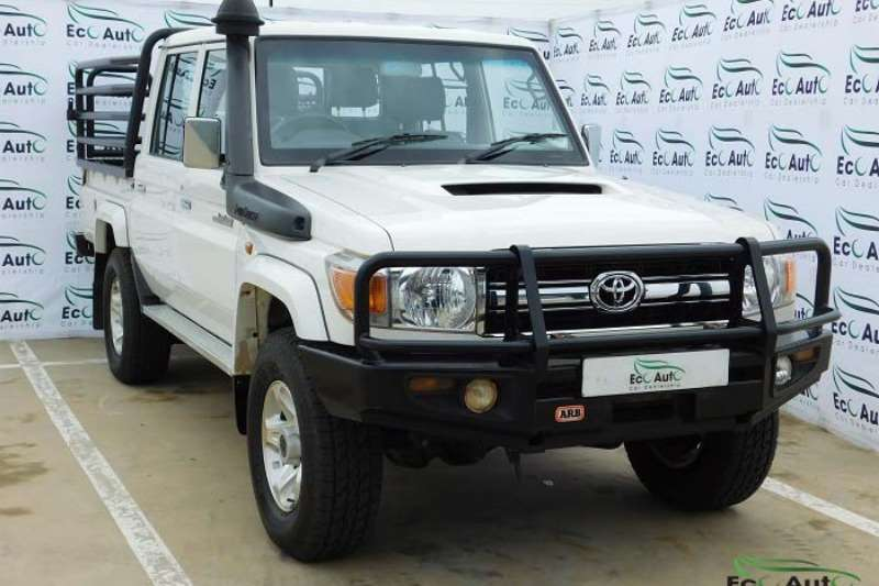 2015 Toyota Land Cruiser 79