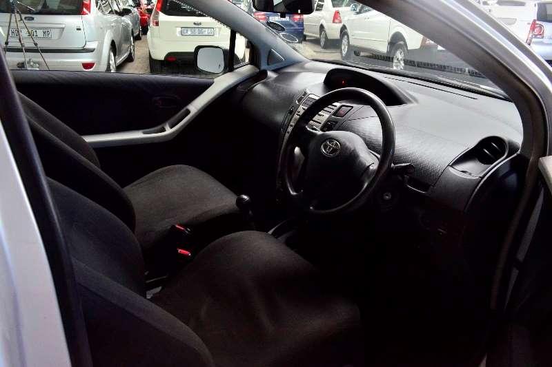 Toyota Yaris 1.0 3 door T1 (aircon+CD) 2008