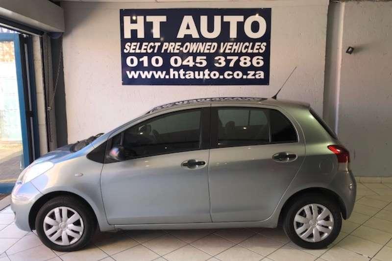 Toyota Yaris 1.0 5 door T1 (aircon+CD) 2010