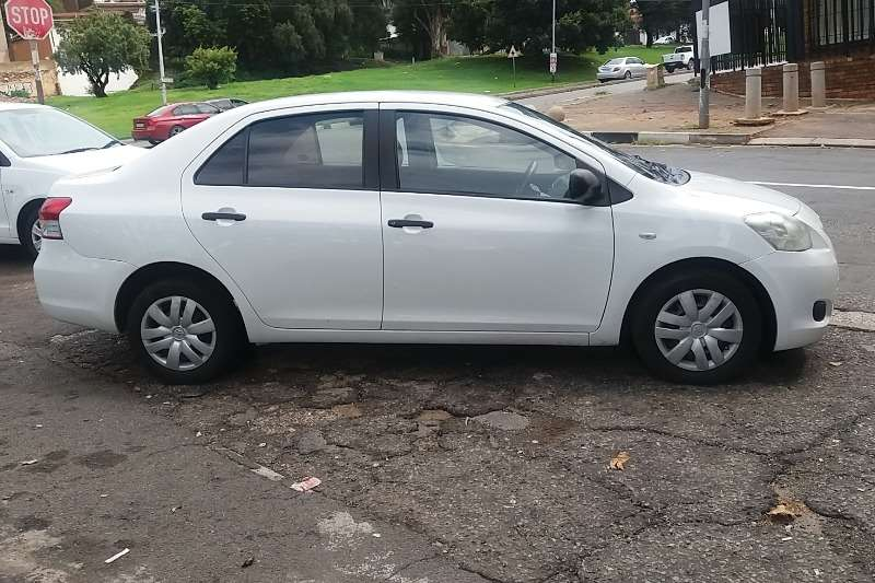 Toyota Yaris 1.3 sedan T3 2008
