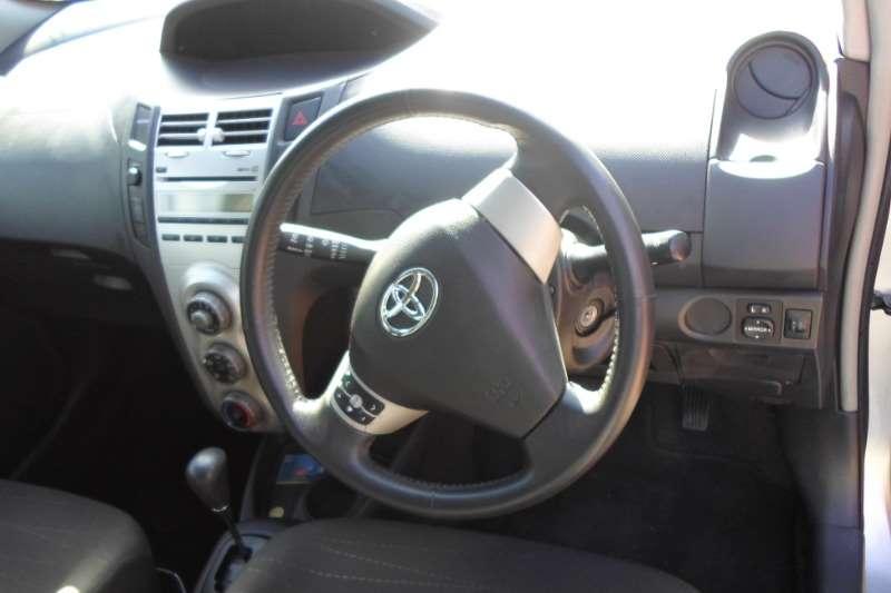Toyota Yaris 1.3 T3 Spirit 5 door 2006