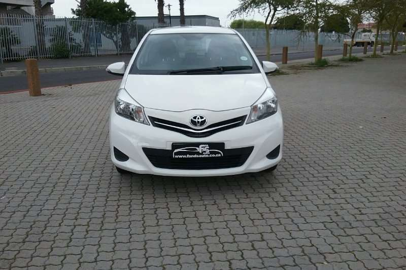 Toyota Yaris 3 door 1.0 XS 2013