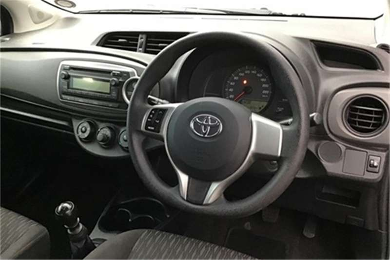 Toyota Yaris 3 door 1.3 Xi 2013