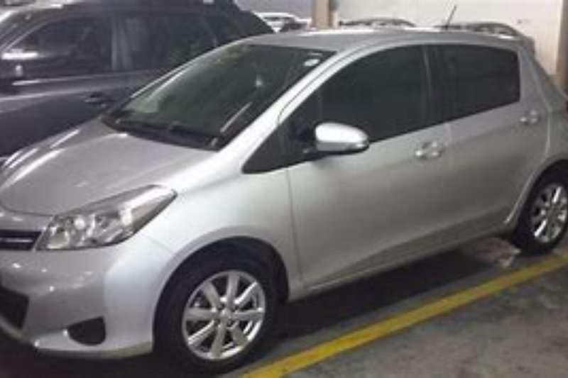 Toyota Yaris 5 door 1.0 XS 2012