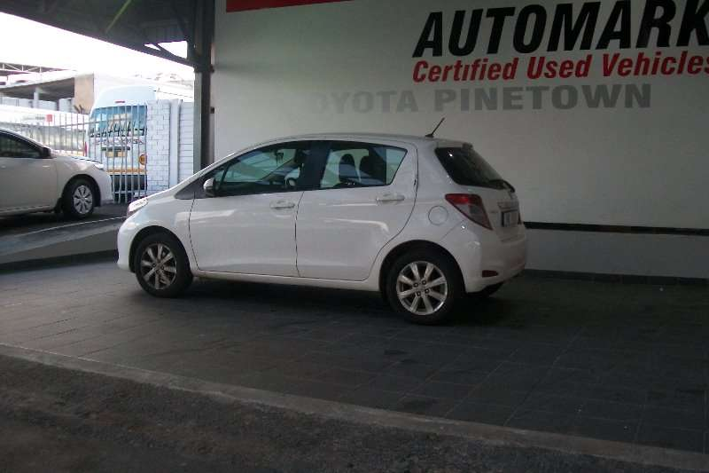 Toyota Yaris 5 door 1.0 XS 2013
