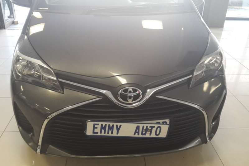 2015 Toyota Yaris 1.3 5 door T3