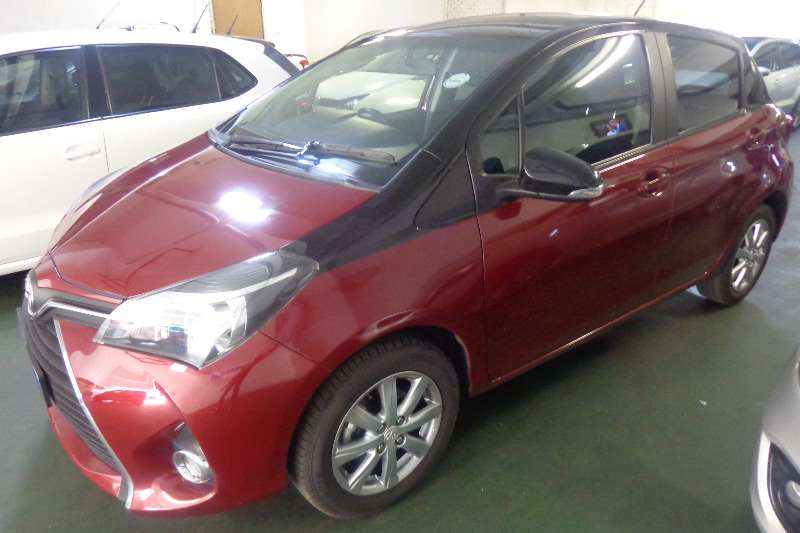 2017 Toyota Yaris 5 door 1.0 XS