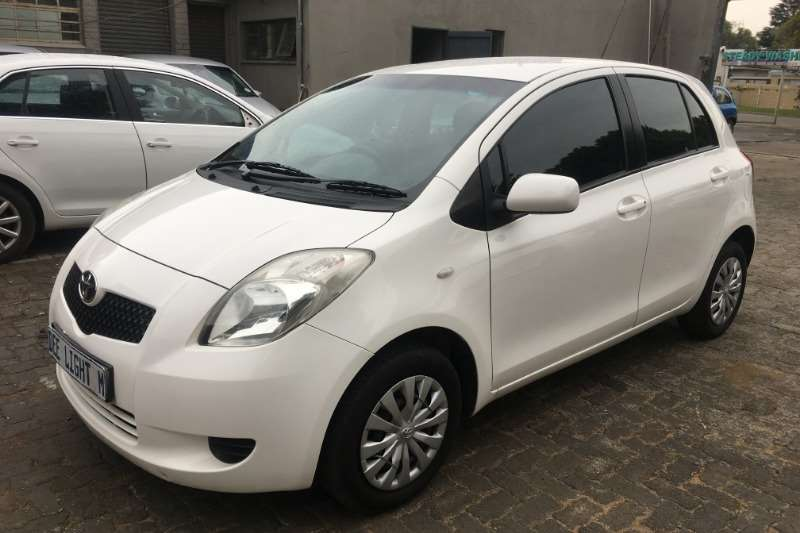 2008 Toyota Yaris 1.3 5 door T3+ automatic