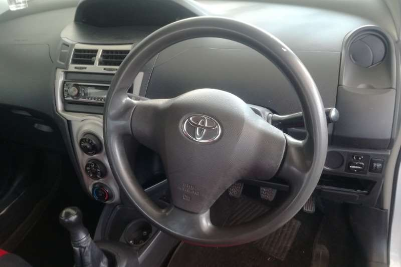 2011 Toyota Yaris 1.3