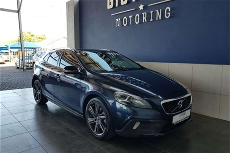 2015 Volvo Cross Country V40  D3 Excel