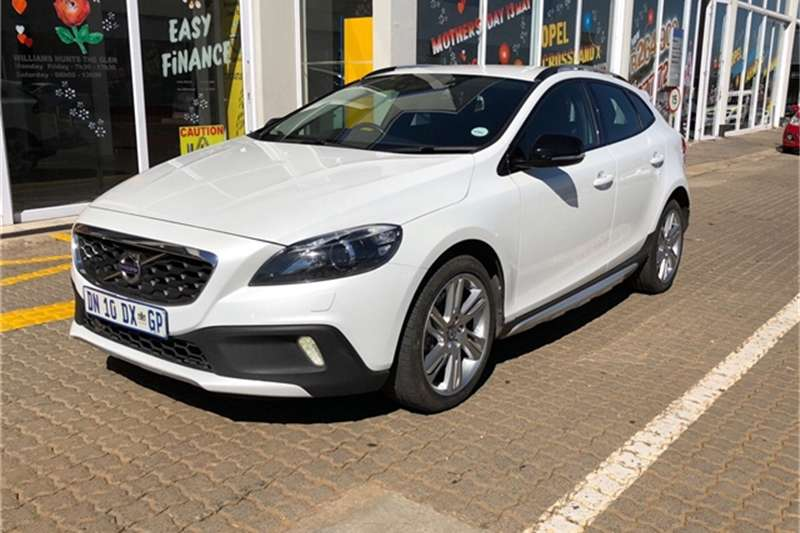 Volvo Cross Country V40 Cross Country D4 Excel 2015
