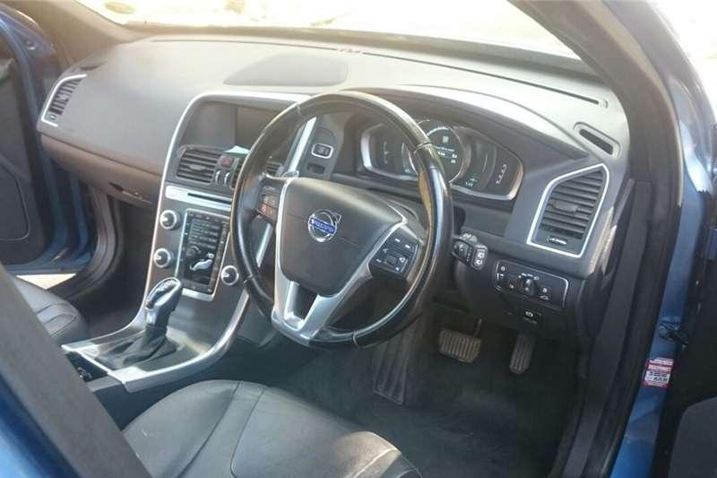 Volvo XC60 D4 Momentum 2014