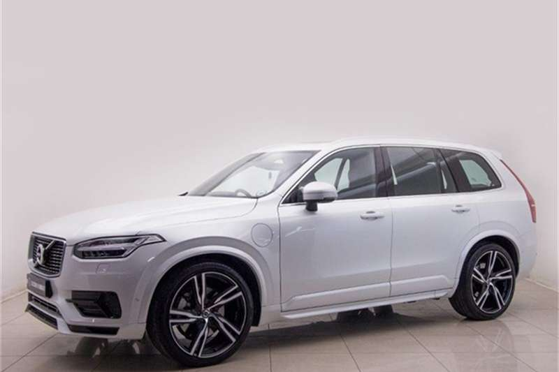 2016 Volvo XC90 T8 Twin Engine AWD R Design