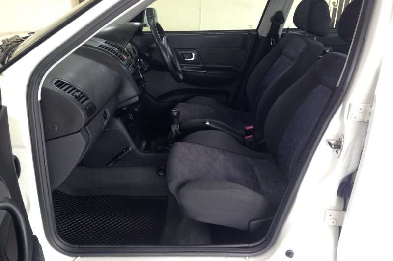 VW Polo Classic 1.8 Lux 2000