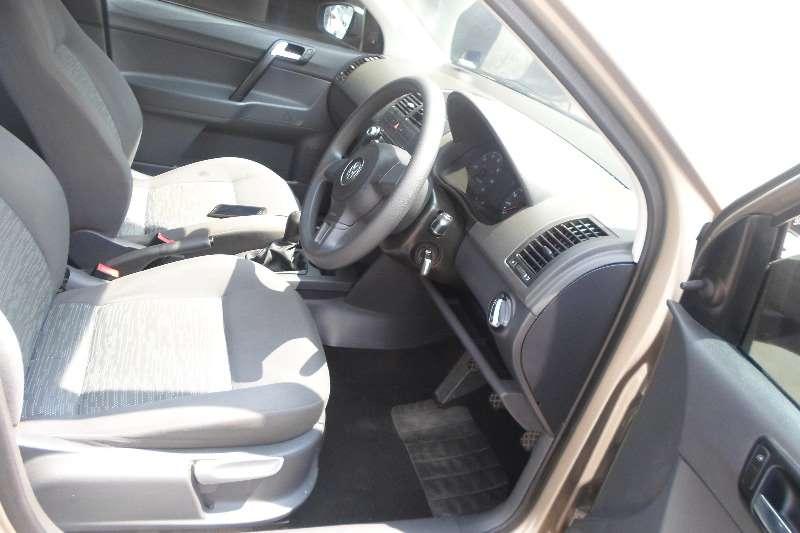 VW Polo Vivo sedan 1.4 Conceptline 2011