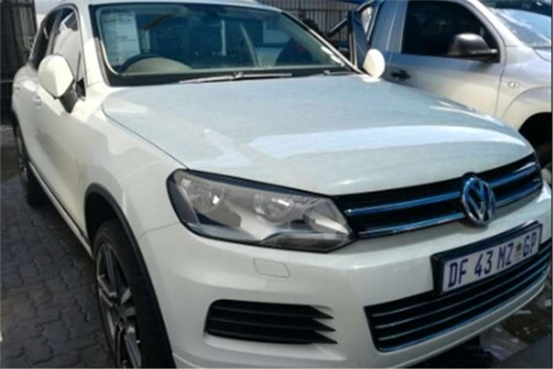VW Touareg VW Toureg 3.0 v6 tdi Bluemotion 2012
