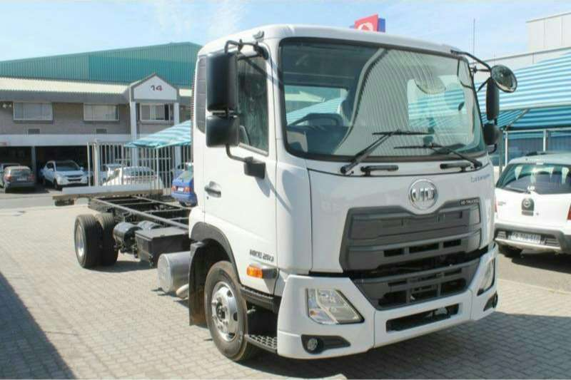 UD UD Croner 4x2 - Chassis Cab