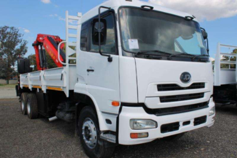 Nissan UD330 with Dropsides and Fassi F410 Crane