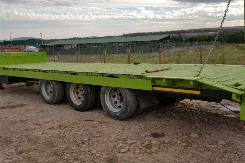 AFRIT TRI AXLE LOWBED Agricultural trailers