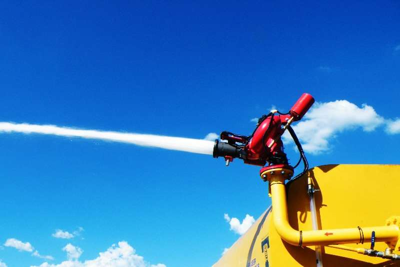 Carts and wagons Fire fighting cannon installations on water tanker Agricultural trailers