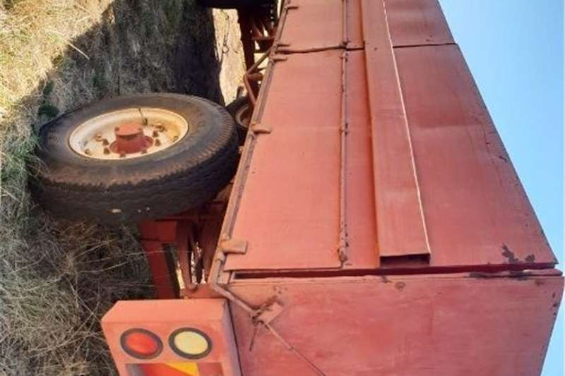 Carts and wagons massa wa Agricultural trailers