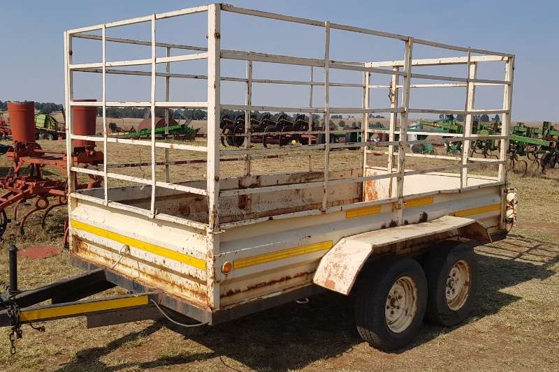Cattle trailers Cattle trailer with papers Agricultural trailers