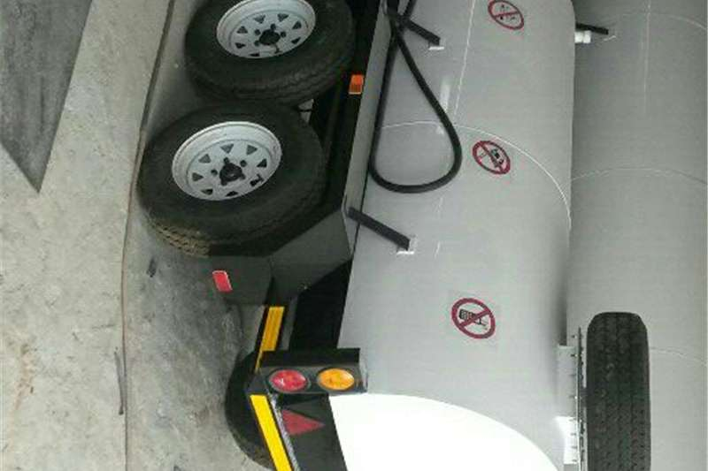 Agricultural Trailers Honey Suckers Brand new 2000L water tank trailer
