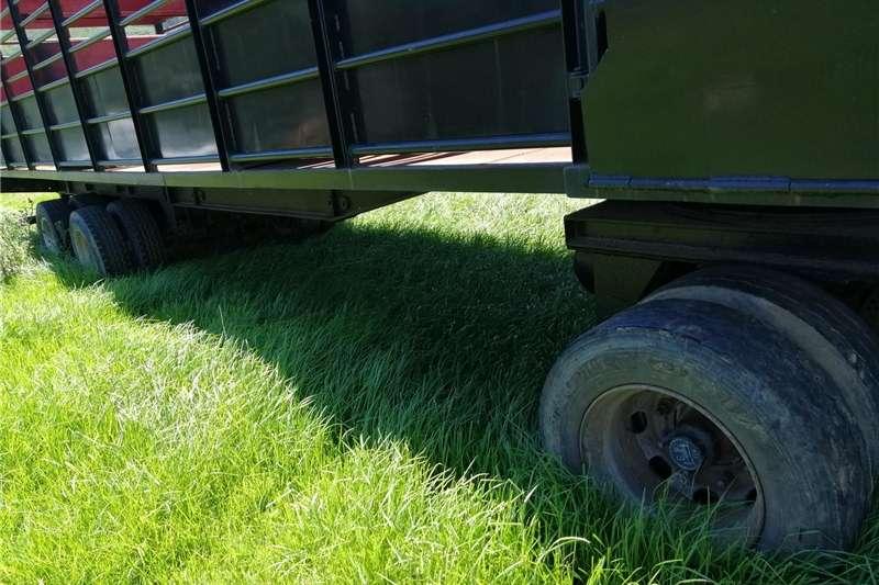 Livestock trailers BRIAB 3 Axle Drawbar Cattle + Sheep Trailer   R245 Agricultural trailers
