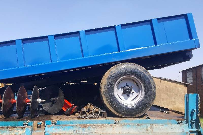 Agricultural Trailers Other Agricultural Trailers Blue heavy duty 5 ton tip trailer 0
