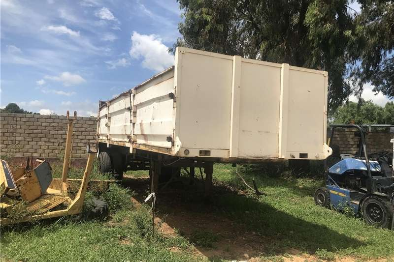 Other agricultural trailers URGENT SALE ! Single axle drop side trailer ! Agricultural trailers