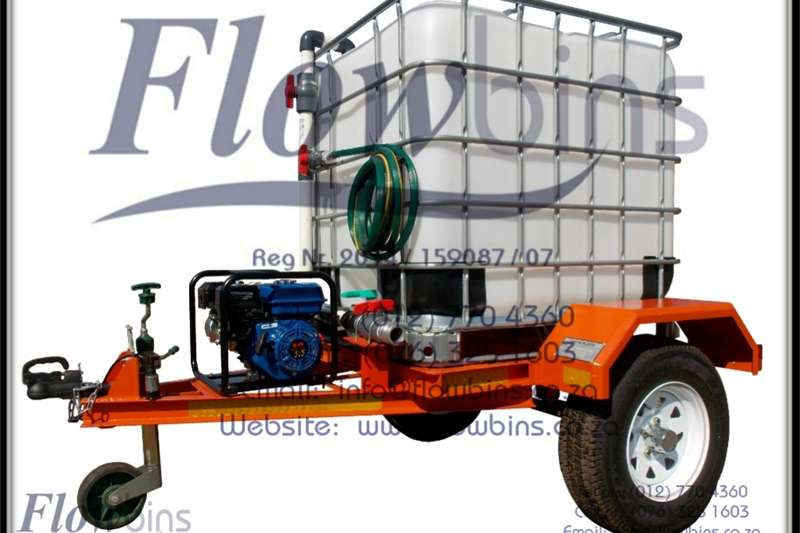 Water trailers 1000L Vuur Vegters / Fire Figthers / Water Bowsers Agricultural trailers