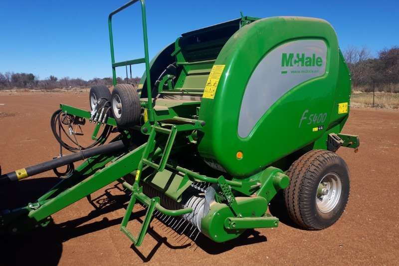 Bell Hay and Forage MCHALE 5400 BALER