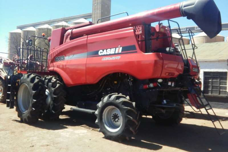 Case Combine Harvesters and Harvesting Equipment 2012 Case 6088 dubbel wiele 2012