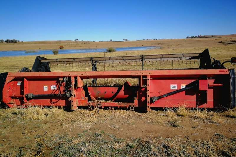 Case Combine Harvesters and Harvesting Equipment Grain Harvesters Case 1020
