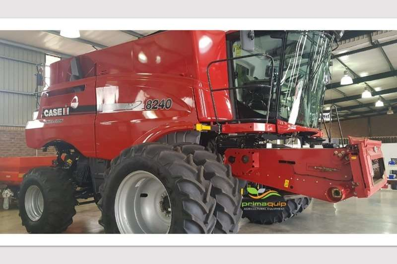 Case Combine Harvesters and Harvesting Equipment Grain Harvesters Case IH 8240 2018