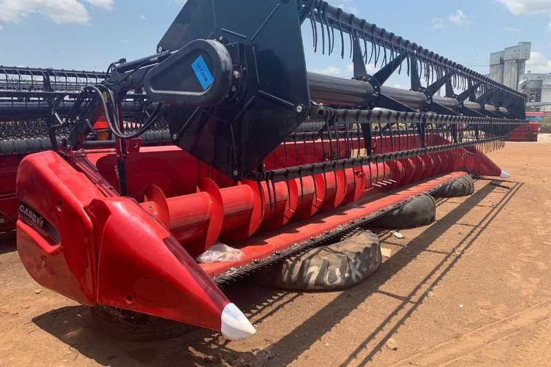 Case Wheat heads New Case 3020 Terraflex Heads. 25 ft. Combine harvesters and harvesting equipment